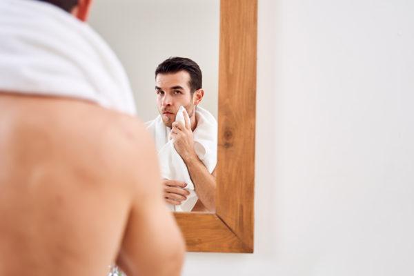 5 tips para mantener el acné a raya en vacaciones